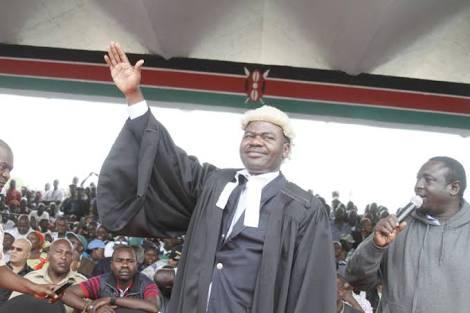 Kenya TV channels still off air despite court order