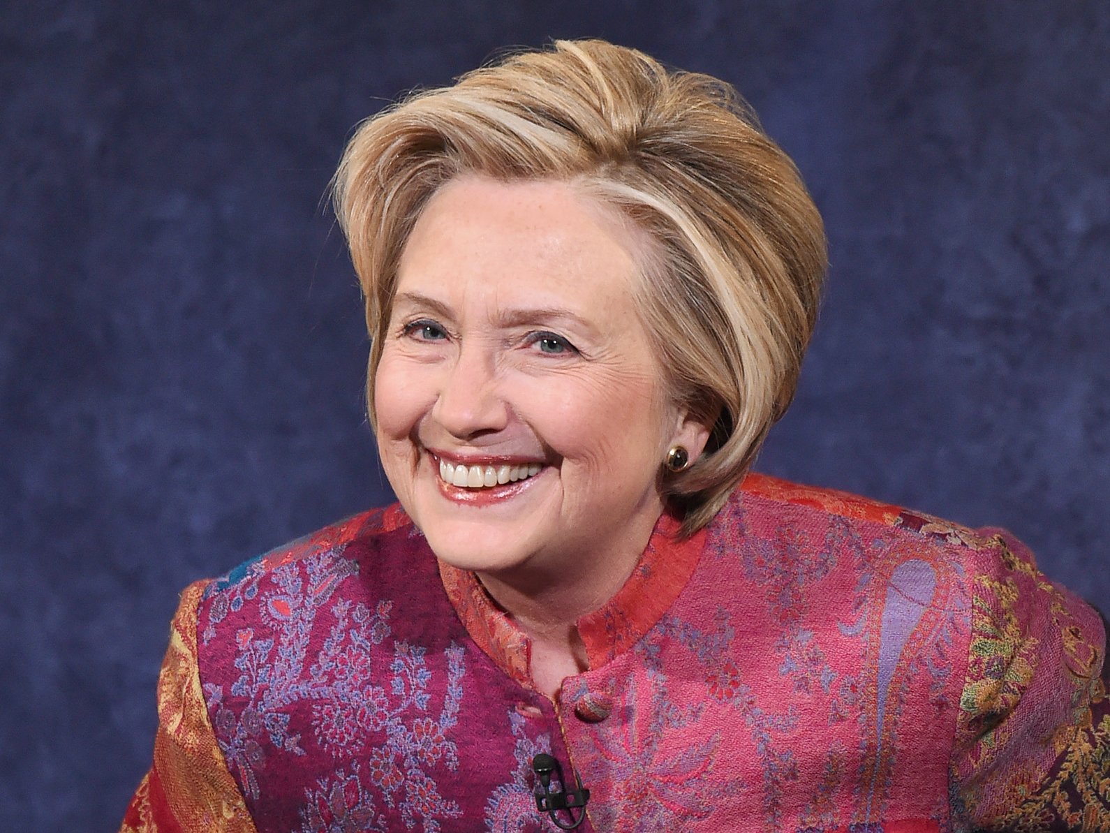 Hillary Clinton Edits Twitter Bio, Removes 'Wife' after ... Hillary Clinton
