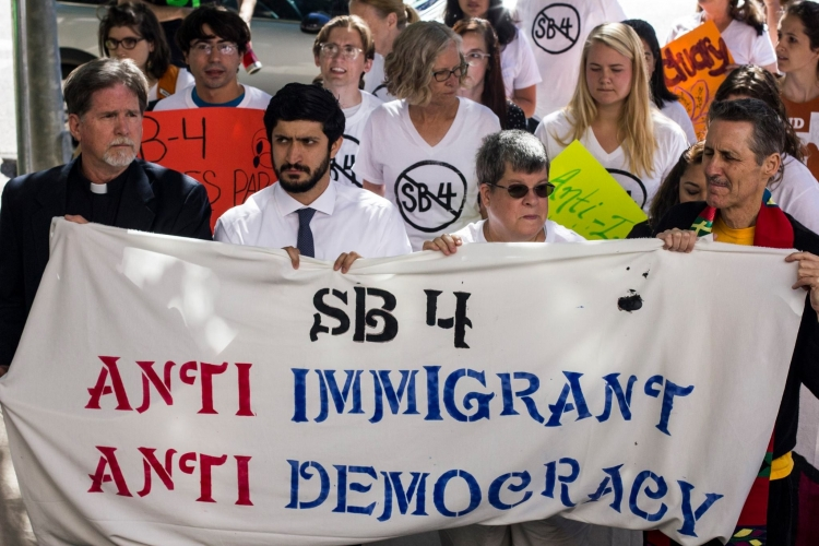Immigration: Federal Judge Blocks Texas' Tough Anti-Sanctuary Cities Law