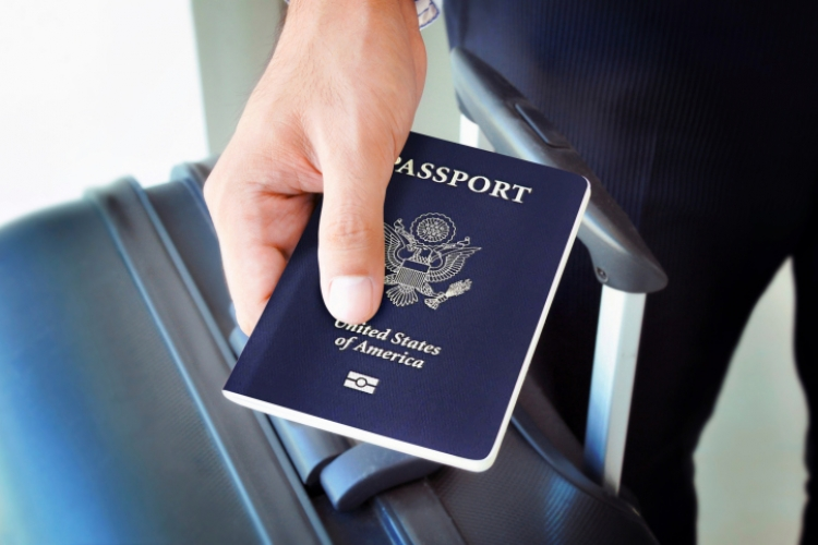 Residents of Nine States May Need US Passport or Green Card to Board Domestic Flights