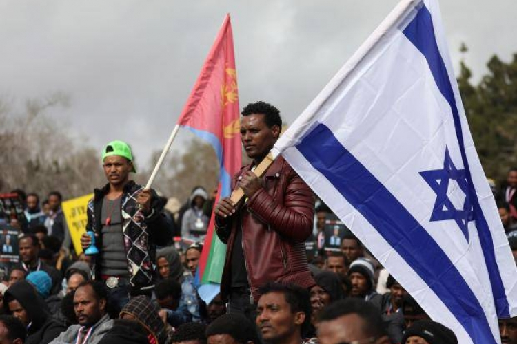 Israel Shelves Plans to Deport African Migrants by Force
